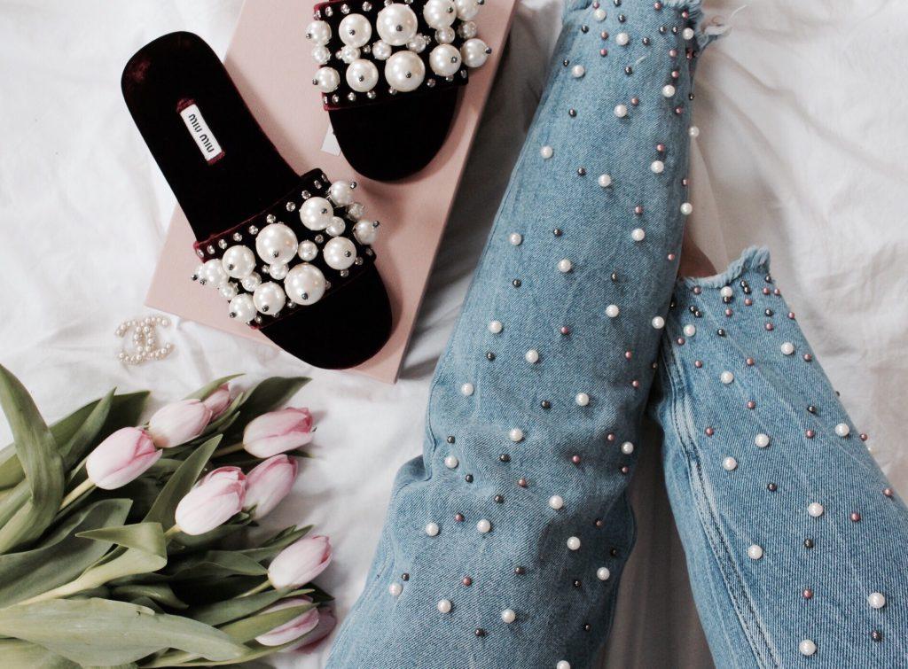 Shoes, Shoes, Shoes – Shopping Escalation