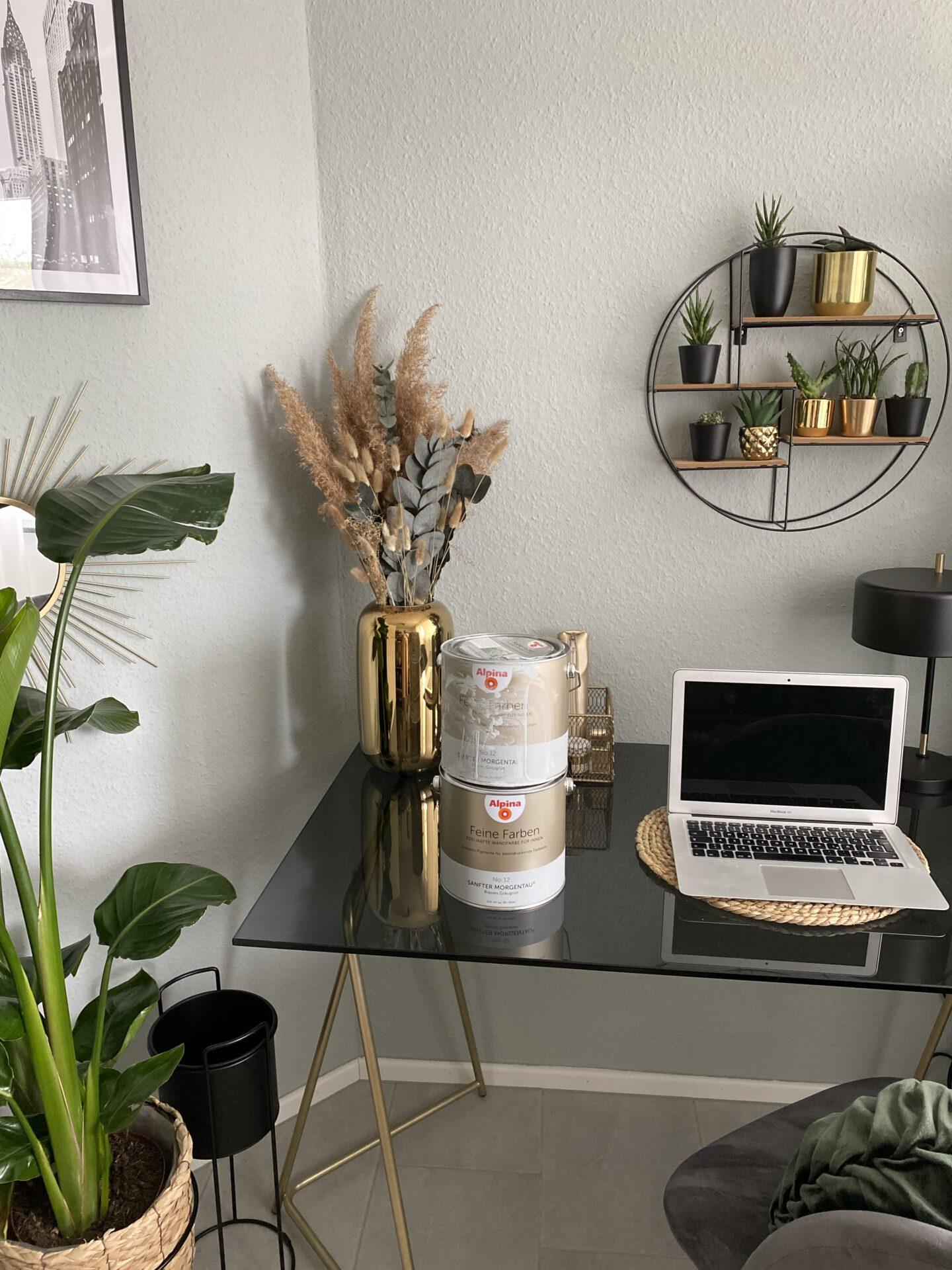 umzug-alpina-feine-farben-sanfter-morgentau-streichen-erfahrung-home-office-zuhause-arbeiten-buero-einrichten-shoppinator-diy-5